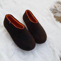 Wooppers woolen slippers (@wooppers) • Instagram photos and videos Felted Wool Slippers, Useful Life Hacks, Wool Felt, Heeled Mules, Videos, Heels, Photos, Instagram, Fashion