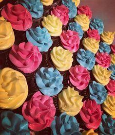 Alice in Wonderland mini Cupcakes!