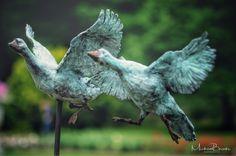 Tuinbeelden Brons Tuin : 45 beste afbeeldingen van tuinbeelden sculptures