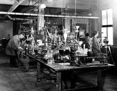 Kodak Research Laboratories in Rochester, New York, in 1920 / Courtesy of Kodak. Now that's a lab! Imagine the research that went into developing celluloid film in the early 1900′s…