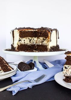 Say hello to this delicious dessert, cookies-and-cream cheesecake-stuffed chocolate cake.