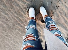 See more of relatablemoods's content on VSCO. Fashion Jeans, Teen Fashion Outfits, Girl Outfits, Cute Lazy Outfits, Cute Outfits For School, Trendy Outfits, Cute Ripped Jeans Outfit, Cute Pants, Over Boots