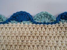 59 Free Crochet Patterns for Edgings, Trims, and Blanket Borders: Treble Crochet Shell Edging Pattern Crochet Boarders, Crochet Edging Patterns, Crochet Lace Edging, Crochet Trim, Love Crochet, Crochet Designs, Easy Crochet, Filet Crochet, Beginner Crochet