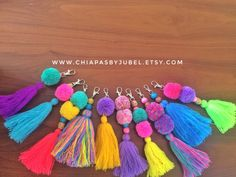 Multicolored pom pom and tassel bag charm / colorful pom pom keychain / boho handmade tassels / hippie fashion complements / llavero pompom