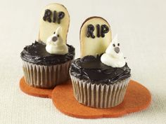 Ghosts in the Graveyard Cupcakes    http://www.mccormick.com/Recipes/Desserts/Ghosts-in-the-Graveyard-Cupcakes.aspx    Tombstone Cupcakes ©Renee Comet