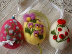 3 Needle felting  easter eggs with spring flowers by ElisFeltCraft, $23.00