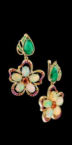 Earrings   14K yellow gold, emerald / quartz 4,1 ct, opals, diamonds, yellow diamonds, colored sapphires, tsavority.