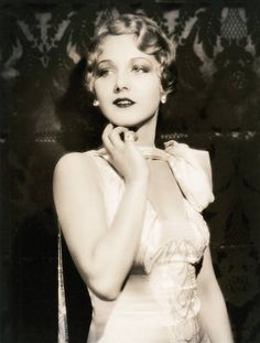 artfully wavy flapper #hairstyle from the roaring twenties