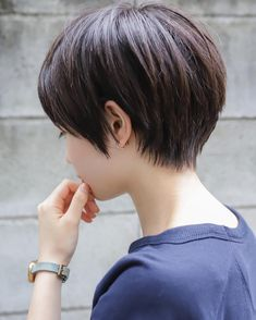 Short Easy Hairstyles 2020 For Outdoor Working. Short Easy Hairstyles 2020 For Outdoor Working. Japanese Short Hair, Asian Short Hair, Short Thin Hair, Short Hair Styles Easy, Short Hair Cuts For Women, Girl Short Hair, Tomboy Hairstyles, Prom Hairstyles For Long Hair, Pretty Hairstyles