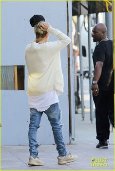 Justin Bieber Plays Beethoven in Beverly Hills - Watch The Vid!: Photo #915267. Justin Bieber heads out of lunch with Corey Gamble while out on Thursday afternoon (January 14) in Beverly Hills, Calif.    The two friends stopped by Bouchon bistro…