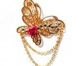 Bijoux de cheveux amovibles - fixation innovante vendue séparément - composé d'un papillon doré décoré de strass cristal - pendentif sur chaîne dorée -