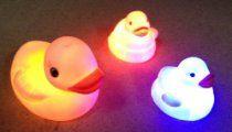 Set Of 3 LED Light Ducks Baby Bath Toy Kids Bath Toys, Bath Toys For Toddlers, Baby Bath Toys, Kids Toys, Mermaid Bath Toys, Cleaning Bath Toys, Toys R Us, Rubber Duck, Pet Toys