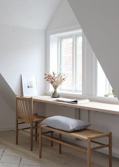 Africa Decor, Scandinavian Chairs, Home Office Decor, Home Decor, Elegant Homes, Small Spaces, Modern, Baby, House Design