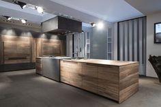 Moderne Kücheninsel ESSENCE TONCELLI