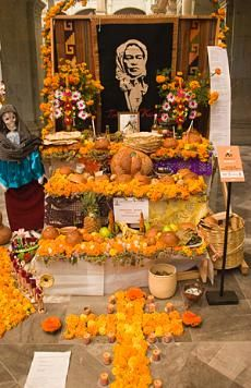 Day of the Dead Festival Flowers, Oaxaca Mexicohttp://www.softseattravel.com/Cemetery-Photo-Tips-Composition-Day-of-the-Dead-Mexico.html