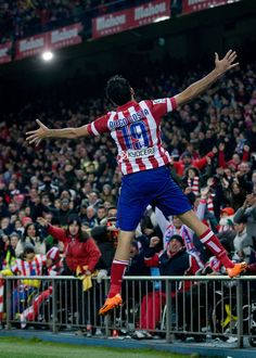 Diego Costa scores against Real Sociedad in February Spain Football, World Football, Football Soccer, Good Soccer Players, Football Players, Diego Costa, Pier Paolo Pasolini, Five S, Football Photos