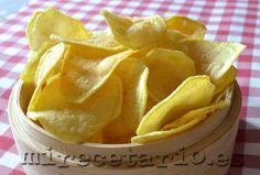 Patatas Chips Caseras {Recetario Mañoso} | mirecetario.es