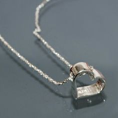 Beautiful nacklace Silver heart  http://allegro.pl/ShowItem2.php?item=5935444034
