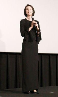 女優の天海祐希さんが26日、映画「マイティ・ソー バトルロイヤル」(タイカ・ワイティティ監督、11月3日公開)の日本語吹替版完成披露試写会に登場。ケイト・ブラ...