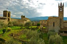 Monteriggioni-beautiful, toured it