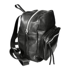 Little Unisex Backpack... ❤️ www.facebook.com/wannamariafiori ❤️ #wannamariafiori  #wanna  #backpack  #back  #unisex #leather  #black  #sylver #nikel #bags  #bag  #notonlyshoes #shoe #genderlesscollection #nogender #pic #potd #picoftheday #ootd #outfit #outfitoftheday #hitbag #topbags  #madeinitaly #handmade #tks #lovely #cute  #advertise #advertising #design #shop #fashion #goodmorning  #shoulderbag  #hello #happy #instagram #instafashion #japan #paris  #milan #berlino #barcelona #peace…