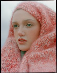 fashion photographer based in london, new york and moscow Moscow, Knits, Zero, London, Knitting, Sweaters, Fashion, Moda, Tricot