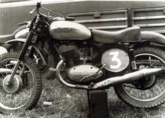 Free² Mx Bikes, Bike Design, Motorbikes, Motorcycle, Vehicles, Legends, Branding, Black N White, Motorcycle Design