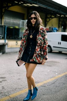 A jacket can make the outfit Fashion Mode, Look Fashion, Fashion Outfits, Street Fashion, Spring Fashion, Luxury Fashion, Fashion Trends, Looks Street Style, Looks Style