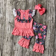 12.99$  Buy here - http://alibkp.shopchina.info/1/go.php?t=32806835358 - new summer baby girls boutique clothes lace  coral floral capris cotton ruffles outfits  with matching accessories bow set   #buyonline
