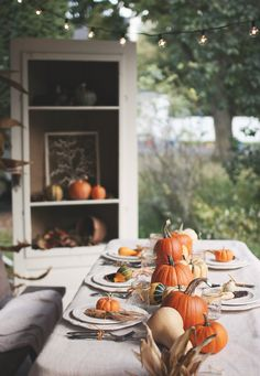 These 7 DIY Thanksgiving tablescapes will give you a great place to celebrate the holiday and show how thankful you are.