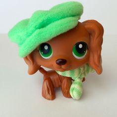 Littlest Pet Shop #252 Cocker Spaniel RARE!! EUC w/Hat & Scarf -Free Shipping! #Hasbro
