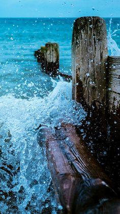 Wild Sea ★ Preppy Original 28 Free HD iPhone 7 & 7 Plus Wallpapers