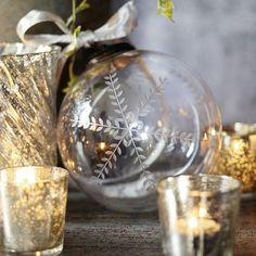 tiny white daisies - christmas - christmas decoration