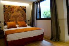 Lugar muy mágico y lleno de encanto en pleno corazón del barrio de Gracia, en Barcelona. Casa Bella Gracia es ideal para los amantes del turismo sostenible.