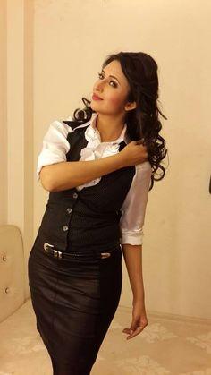 Divyanka Tripathi Western New Look
