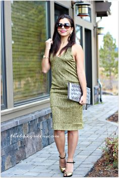 Holiday Dress   Holiday Outfit   Gold Dress   Midi Dress   Sleeveless Holiday Dress   Holiday Style   Holiday Fashion