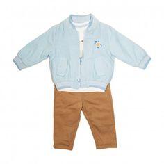 Va prezentam compleul casual de vara pentru baieti (bebe) compus din3 piese:geaca cu maneca lunga albastra, tricoucu ursulet, cu vesta,pantaloni lungi maro, calitate superioara, design fashion, categoria haine pentru copii. Acest compleu pentru baieti face parte din colectia de vara 2019,ideala pentru acest sezon, produs fabricat in Turcia. Shirt Dress, T Shirt, Mens Tops, Dresses, Fashion, Supreme T Shirt, Vestidos, Moda, Shirtdress