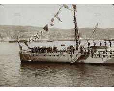Buque Simón Bolivar participando en la Revista Naval durante las fiestas del Centenario en Valparaíso. Fotogr.: Julio A. Morandé Fecha Fotog.: 1910 Fuente:  M.H.N.