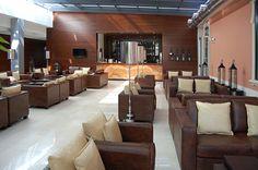 Monte Real - Hotel, Termas e Spa by Antonio Garcia Arquitectos Lda. #hotel #spa #termas #luxury #marble #darkemperador #montereal #leiria #portugal #renovation #reabilitacao #marmore #transition #transicao #lounge #livingarea #convivio #bar