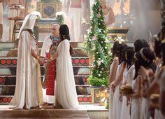 Casamento real! Ramsés e Nefertari se casam em cerimônia luxuosa - Fotos - R7 Os Dez Mandamentos