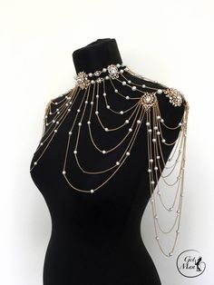 Wedding Shoulder Necklace Frossy Bridal Shoulder Necklace – Style Tips Cool Outfits, Fashion Outfits, Womens Fashion, Emo Fashion, Shoulder Necklace, Jewelry Accessories, Fashion Accessories, Fantasy Jewelry, Gothic Jewelry