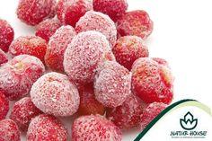 Jesień i zima to pory roku, w których zjadamy mało świeżych owoców i warzyw. By nadrobić te niedobory warto sięgać po mrożonki! Mrożone warzywa i owoce zachowują wysoką zawartość składników odżywczych, w tym witamin i składników mineralnych. Przed kupnem mrożonek warto jednak sprawdzić skład produktu (w nieprzetworzonym i najzdrowszym, powinny się znajdować same warzywa lub owoce i ewentualnie przyprawy). #dietamokotów 