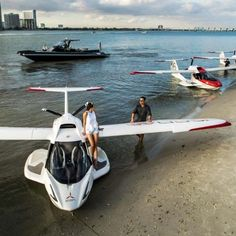 ICON A5 Light Sport Amphibious Aircraft Cbx 250, Light Sport Aircraft, Angle Of Attack, Amphibious Aircraft, Flying Vehicles, Green Zone, Flying Boat, Yacht Design, Aircraft Design