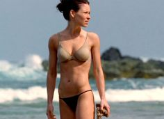 Evangeline Lilly- when I fall off the workout wagon, she gives me the motivation to get back on. What a great body! #thinspiration