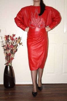 ... -REAL-LEATHER-TIGHT-LONG-SLEEVE-GOVERNESS-WIGGLE-HOBBLE-DRESS-size-16