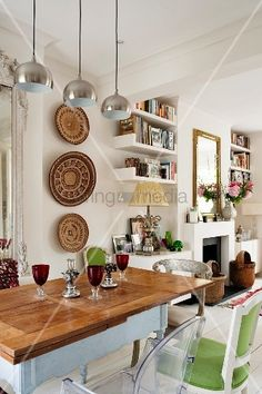 african decor dining room - Internal Home Design Home Design, Decor Interior Design, Small Room Decor, Small Room Design, Design Room, Dining Room Table Centerpieces, Tables, Dining Room Paint Colors, Big Kitchen