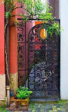 Nice iron gate to secret pathway, Schnoor, Bremen, Germany Cool Doors, Unique Doors, Gate Decoration, Bremen Germany, The Door Is Open, Outside Living, Front Entrances, Entrance Gates, Door Knockers