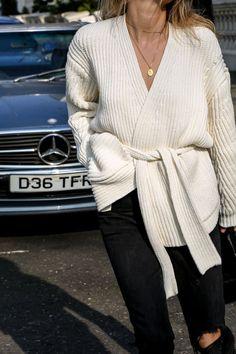 Robe Life | Fashion Me Now | Bloglovin'