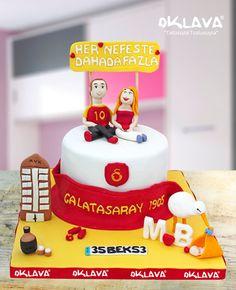 Galatasaraylı Sevgili Pastası size ve sevdiklerinize özel pastalar. Ürün fiyatı ve detayları için tıklayınız. Veya 0212 503 43 73 telefon numaramızdan arayınız.