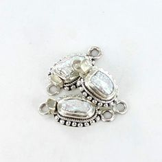 WHITE BIWA PEARL STERLING CLASP DOT DESIGN from New World Gems